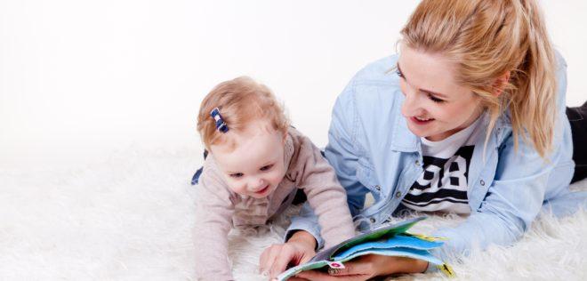 「小さいころから英語を学習すると、日本語も英語も中途半端になってしまうので良くない」という意見を聞くことがあります。本当なのでしょうか?