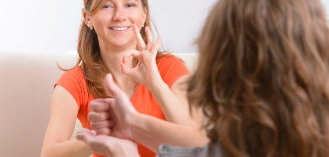 もう一つのバイリンガルの世界 〜手話言語と音声言語のバイリンガル〜