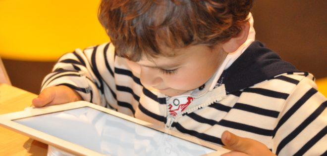 幼児がSkypeレッスンで言語学習するための重要な要素
