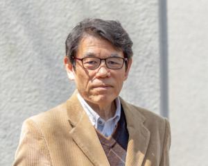 早稲田大学保崎先生のお写真