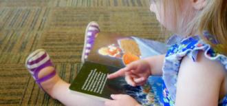 英語を学習する子供のイメージ