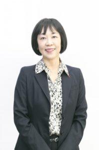 玉川大学 佐藤久美子名誉教授のお写真