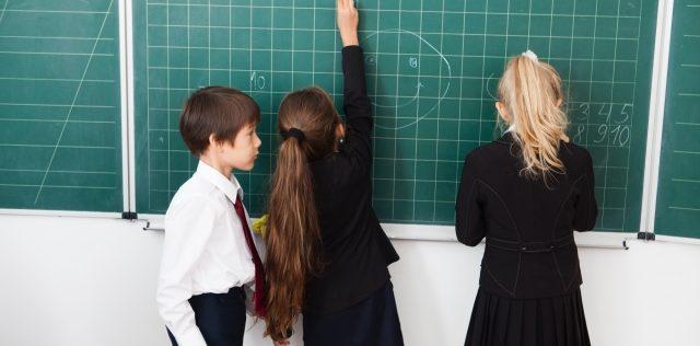 CLILは、ほかの「外国語で学ぶ」教育とどのように違うか?〜東北大学 カヴァナ・バリー准教授インタビュー(後編)〜
