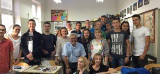 ボスニア・ヘルツェゴビナ、サラエボ市 High School of Catering and Tourism 訪問時の笹島先生