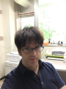 カヴァナ・バリー准教授(東北大学 言語・文化教育センター)のお写真