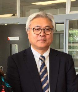 笹島先生のお写真